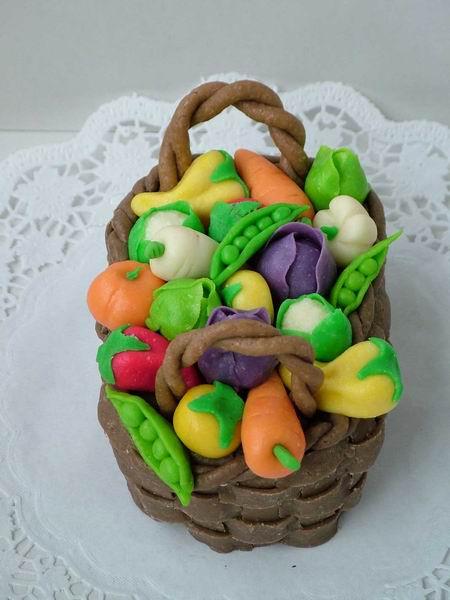 Dort modelovaný košíček se zeleninou